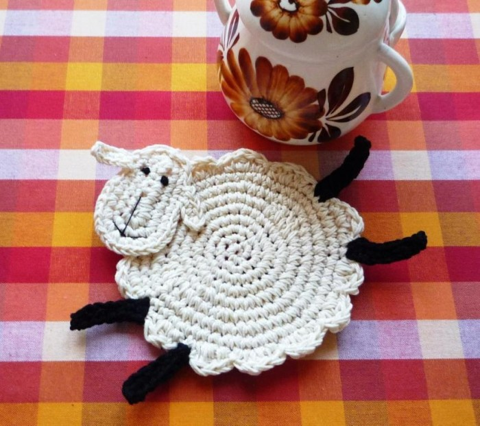 full_7940_57956_CrochetSheepCoasters_1 Stunning Crochet Patterns To Decorate Your Home & Make Accessories