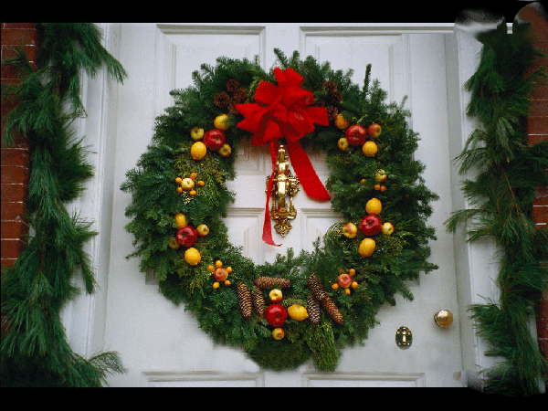 furniture-and-accessories-beautiful-wreath-christmas-front-door-decoration-in-lovely-fresh-natural-theme-with-greenery-garland-nice-apples-and-pine-cones-and-awesome-red-bows-center-lovely-warm-welc-1 79 Amazing Christmas Tree Decorations