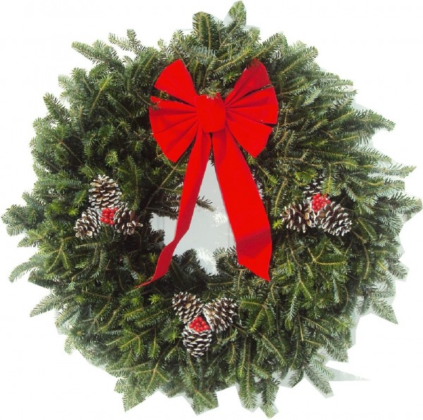 furniture-and-accessories-classic-minimalist-christmas-wreath-for-the-nice-welcome-front-door-decorating-ideas-lovely-warm-welcome-decorative-christmas-wreaths 79 Amazing Christmas Tree Decorations
