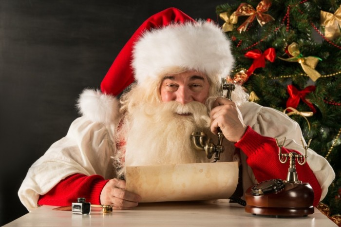 happy-Santa-Claus-calling-phone What Did Santa Claus Bring For You On Christmas Eve?