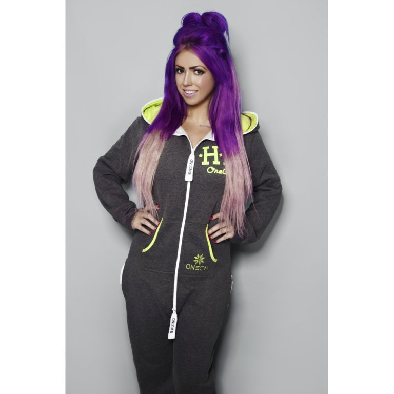 holly-loves-holly-hagan-charcoal-lime-mortal-onesie-p27-153_zoom 20 Worst Celebrities Hairstyles