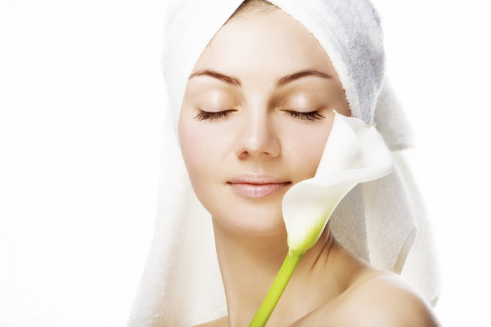 home-remedies-for-beautiful-skin-care-healthier-skin Tips To Keep Your Skin Moist During Winter Season