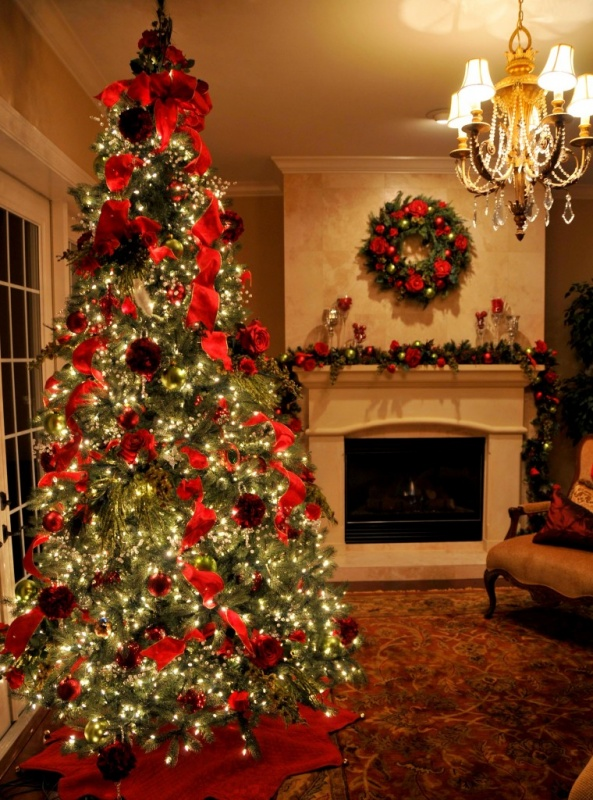 interior-design-ideas-elegant-christmas-tree-and-mantel-decoration-and-awesome-wreath-with-red-ribbon-beautiful-christmas-tree-pictures-decoration-ideas-760x1024 79 Amazing Christmas Tree Decorations