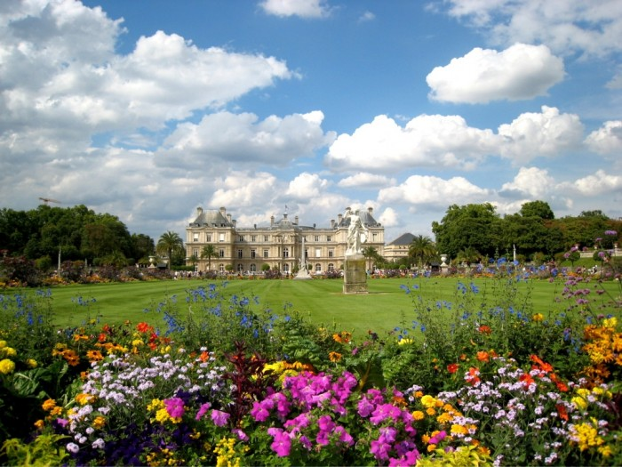 jardin_du_luxembourg_wallpaper Top 10 Romantic Vacation Spots for Couples to Enjoy Unforgettable Time