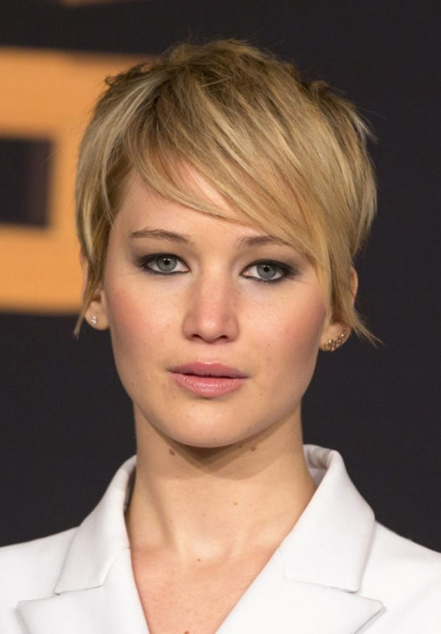 jennifer-lawrence-hair-beauty-news-ftr 20 Worst Celebrities Hairstyles
