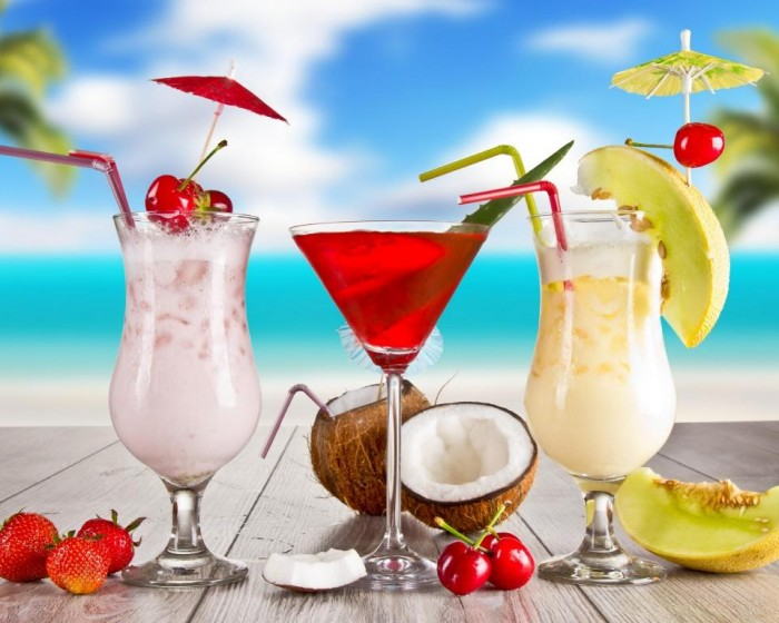 juices-summer-fruit-juice-kingdom-403506 15 Tips to Help You Save Money on Entertainment