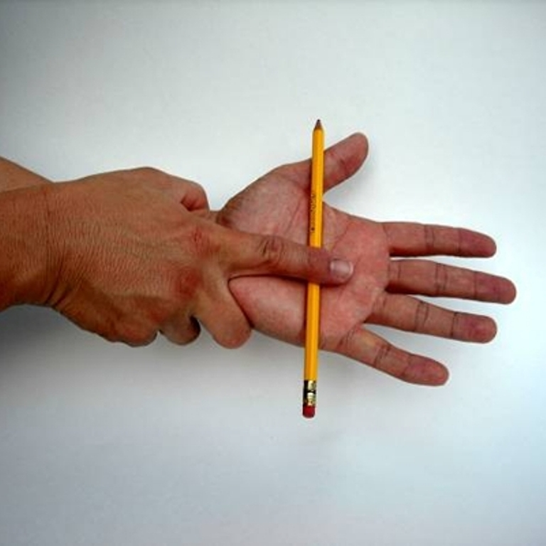 magpencil2 Simple Magic Tricks with Their Secrets for Kids to Become Magicians