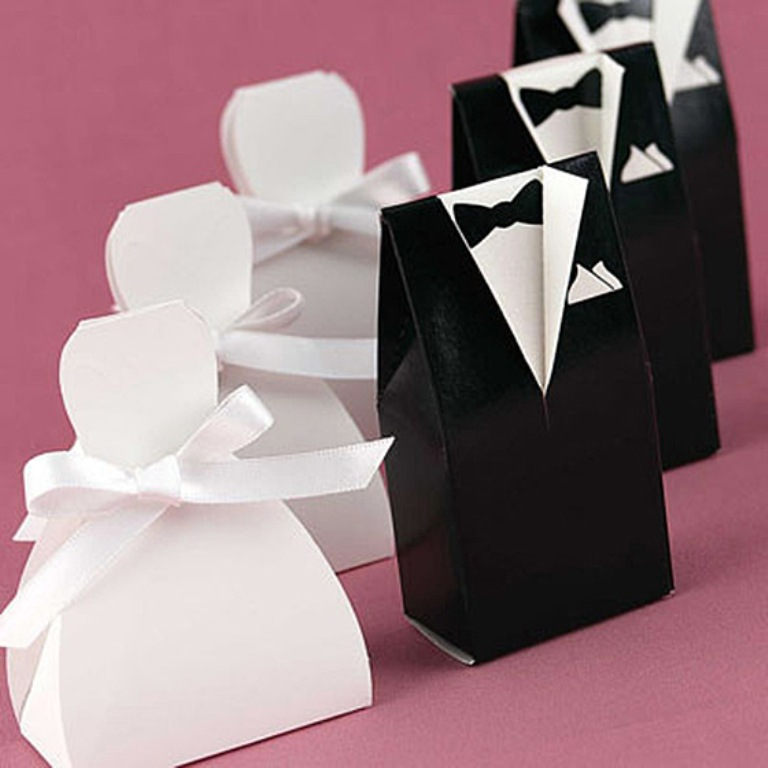 make-your-own-unique-wedding-favor3 Save Money & Learn How to Make Your Own Wedding Favors