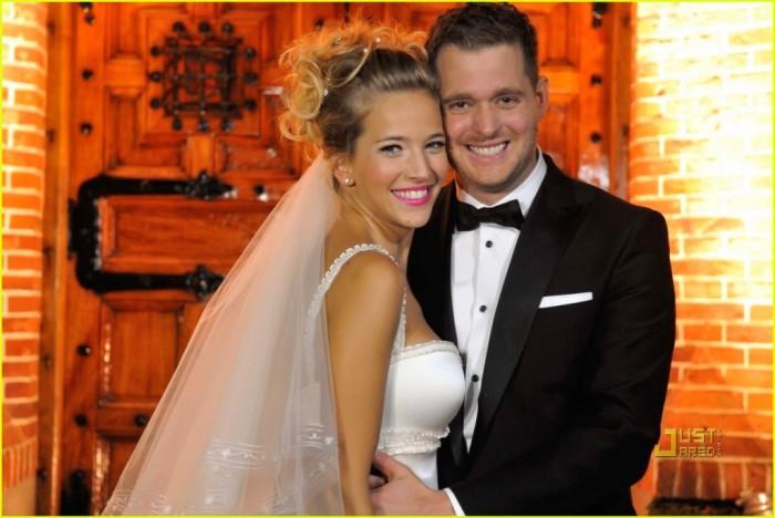 michael-buble-luisana-lopilato-wedding-celebration-01 Celebrities Who Had Babies in 2013, Who Are They?