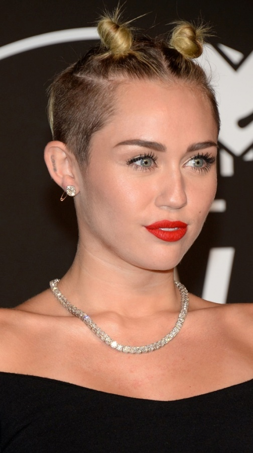 miley-cyrus-mtv-video-music-awards The Latest News & Newest Photos for Miley Cyrus