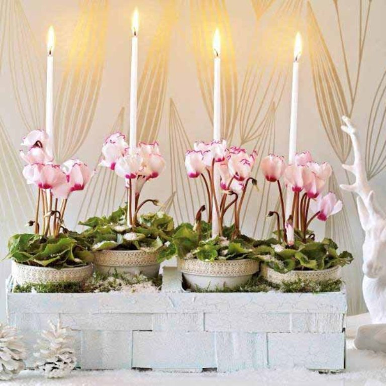 new-years-eve-christmas-table-decorations-ideas-12 Awesome & Breathtaking Ideas for New Year's Holiday Decorations