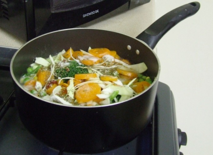 nothing-cooking-soup1 10 Easy-to-Follow Cooking Tips to Increase Your Savings