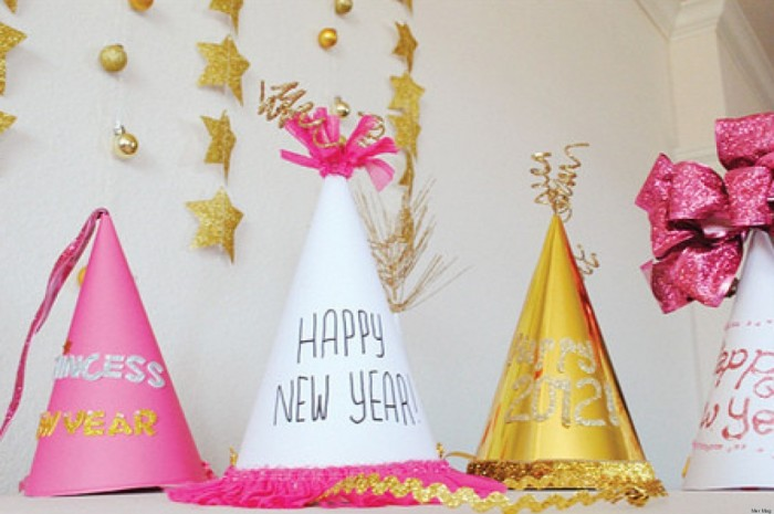 o-NEW-YEARS-EVE-facebook Awesome & Breathtaking Ideas for New Year's Holiday Decorations