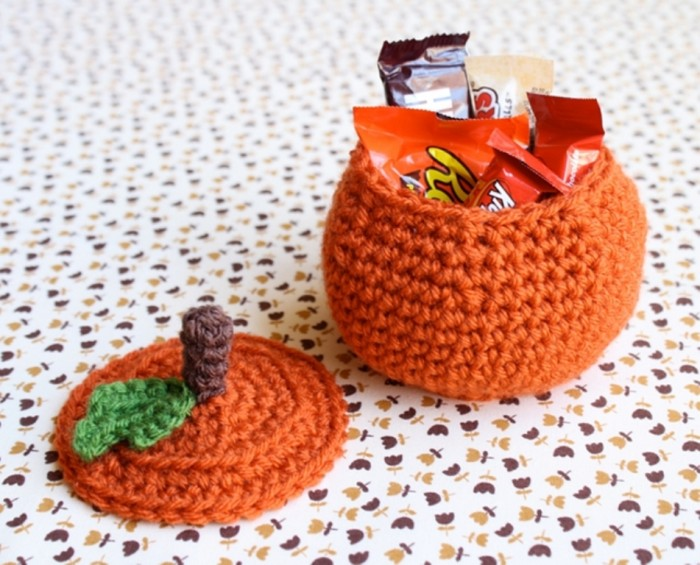one-sheepish-girl-crochet-pumpkin-bowl-1 Stunning Crochet Patterns To Decorate Your Home & Make Accessories