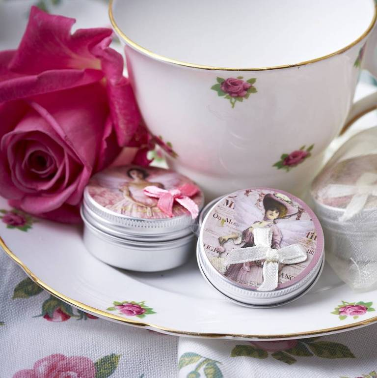original_50-handmade-lip-balm-wedding-favours. Save Money & Learn How to Make Your Own Wedding Favors