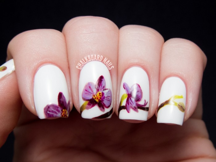 pantone-radiant-orchid-nail-art-4 Top 10 Latest Beauty Trends That You Should Try