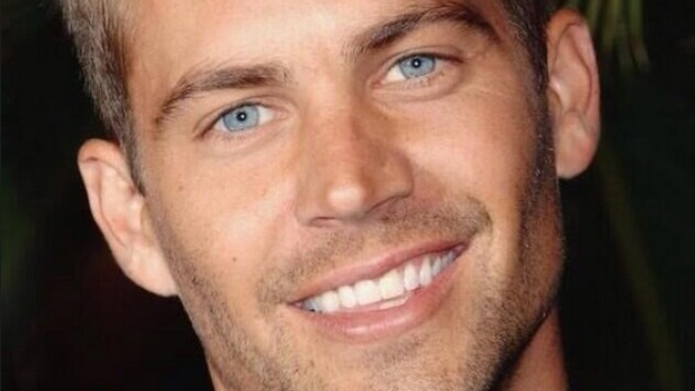 """paul-walker-death-thumb-tweets Fast and Furious Star """"Paul Walker"""", Died At The Age Of 40 In a Car Accident"""