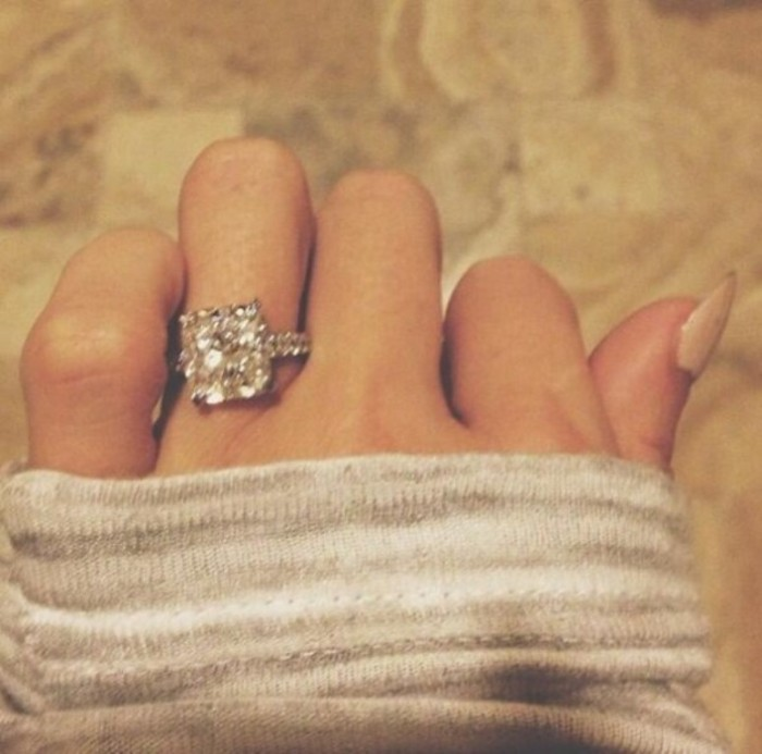 paulina-gretzky-engagement-ring1 35+ Fascinating & Stunning Celebrities Engagement Rings for 2019