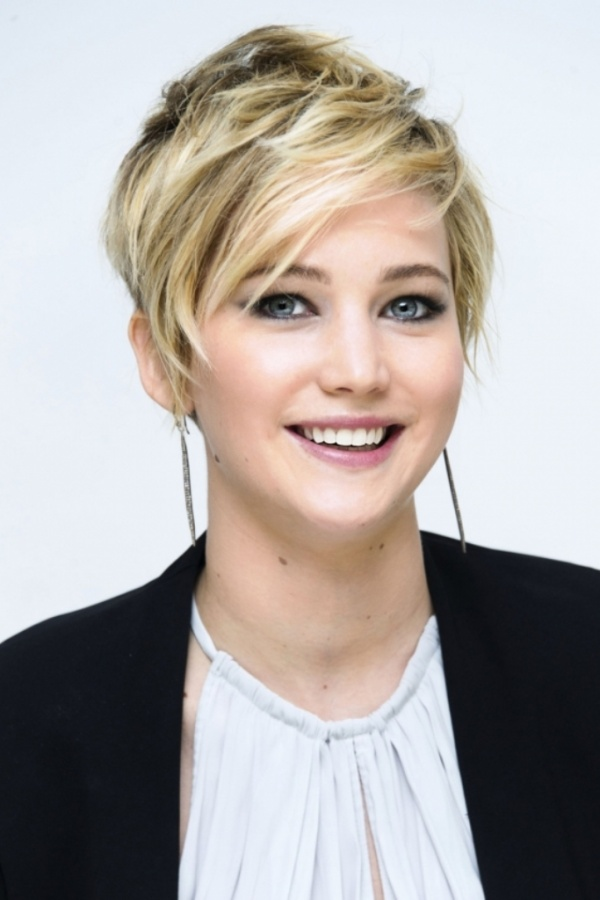 rexfeatures_3358486n 20 Worst Celebrities Hairstyles
