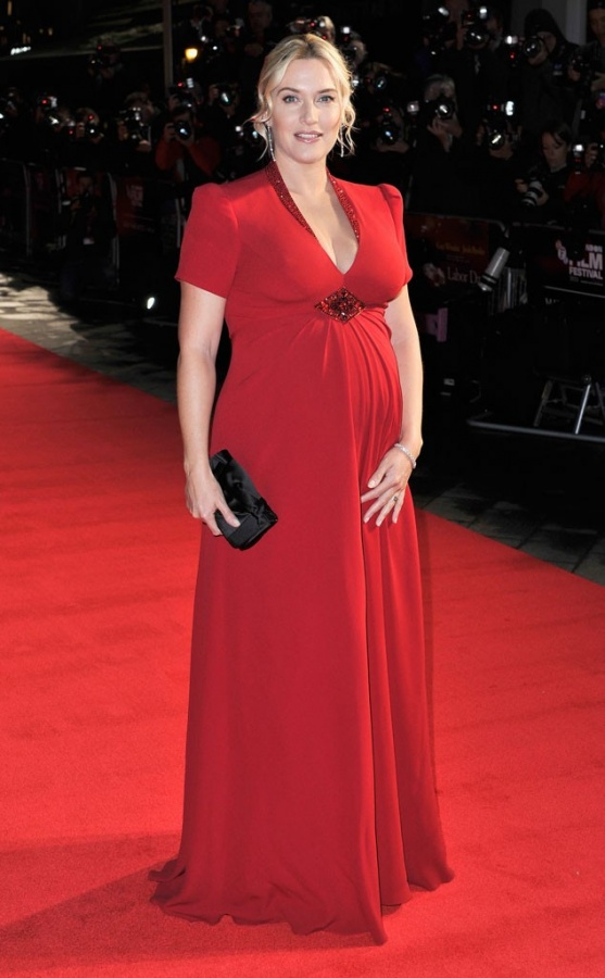rs_634x1024-131015104603-634.kate-winslet-labor-day-red-dress-pregnant Celebrities Who Had Babies in 2013, Who Are They?