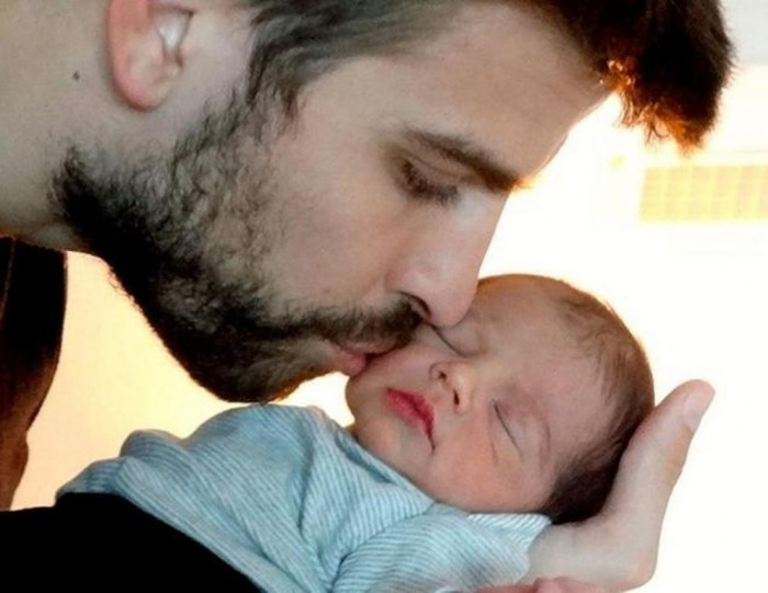 shakira5f-1-web Celebrities Who Had Babies in 2013, Who Are They?