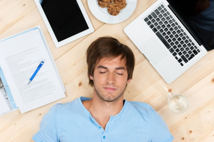 study_online_laptop_sleep 15 Study Tips for Better Test Taking & Getting Higher Grades