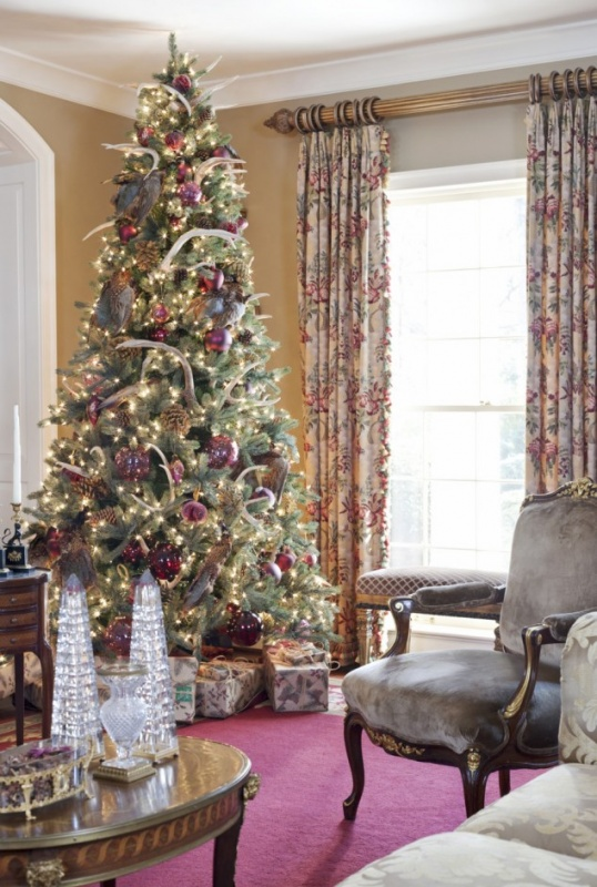 stunning-christmas-tree-decorations-ideas-915x1360-634x942 79 Amazing Christmas Tree Decorations