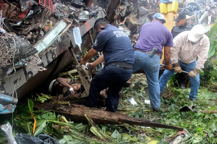 train-mexico-5 What Are the Most Serious & Catastrophic Train Accidents in 2013?