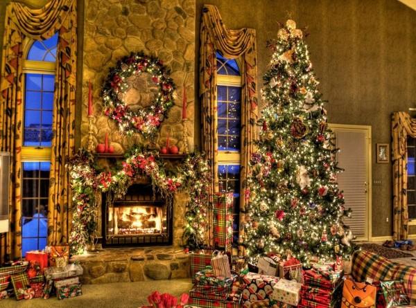 uredjenje-doma-ukrasi-na-kaminu-06 79 Amazing Christmas Tree Decorations