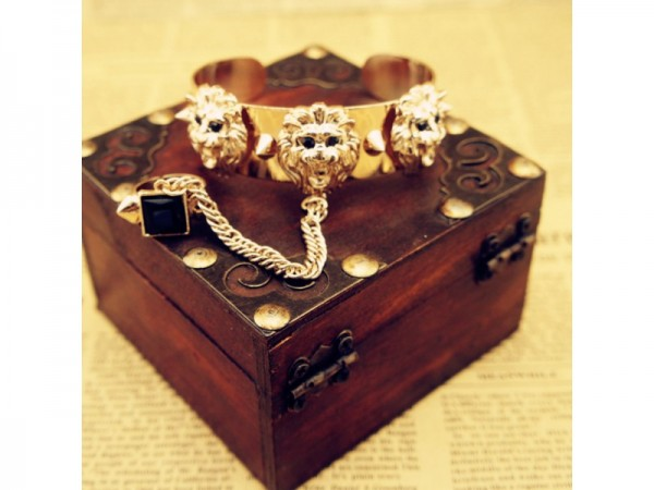 url17 65 Hottest Hand Back Jewelry Pieces for 2020