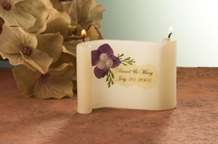 wedding-candle-favor-hydrangea-pearl-purple-908x600 Save Money & Learn How to Make Your Own Wedding Favors