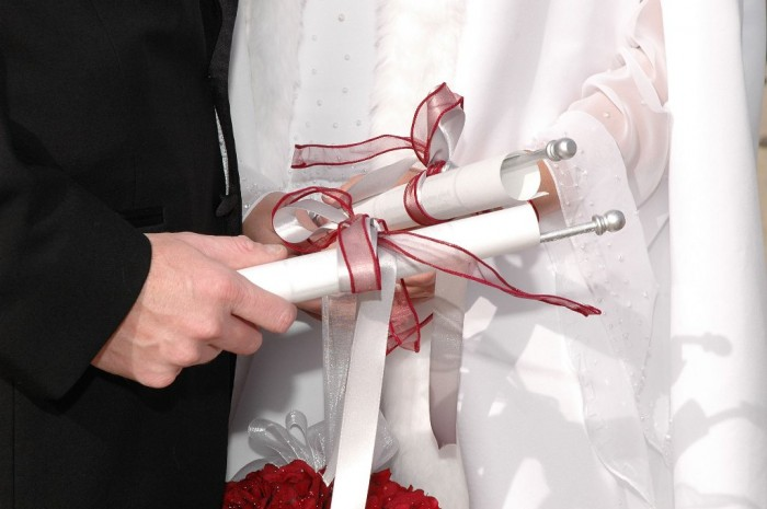 wedding-vows Write Your Wedding Vows on Your Own to Be More Personal & Romantic