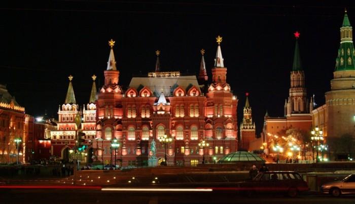 قلعة-كرملين-موسكو-فى-روسيا Top 10 Most Powerful Countries in the World