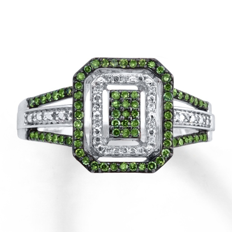 023148707_MV_ZM 30 Fascinating & Dazzling Green diamond rings