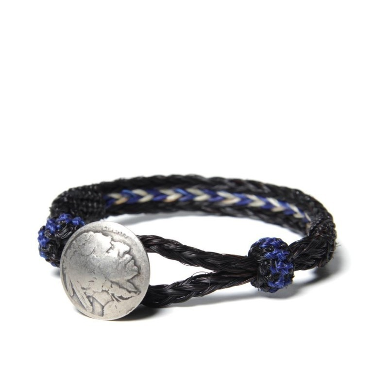 04-02-2013_chamula_indianconchobracelet_blackbluewhite_ 45 Elegant & Breathtaking Horse Hair Bracelets