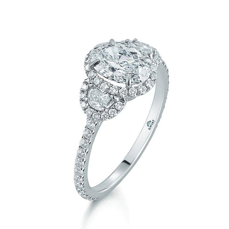 11811_17711v_1337895852_69 50 Unique Vintage Classic Diamond Engagement Rings