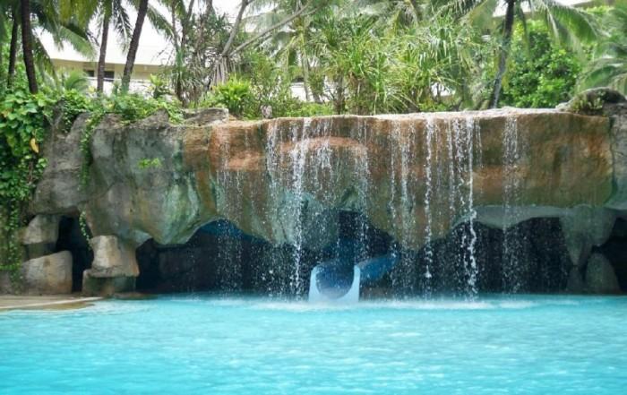 1295978417-phuket-Thailand-Asia-Phuket Top 10 Greatest Countries to Retire