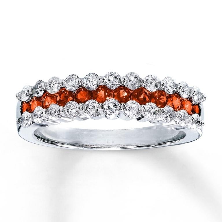 133095808_MV_ZM_JAR1 40 Elegant Orange Sapphire Rings for Different Occasions