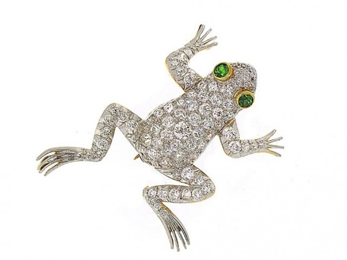 1340751284-503544-Antique_Edwardian_Diamond_Frog_Brooch_in_18K_and_Platinum-0-640x480 35 Elegant & Wonderful Antique Diamond Brooches