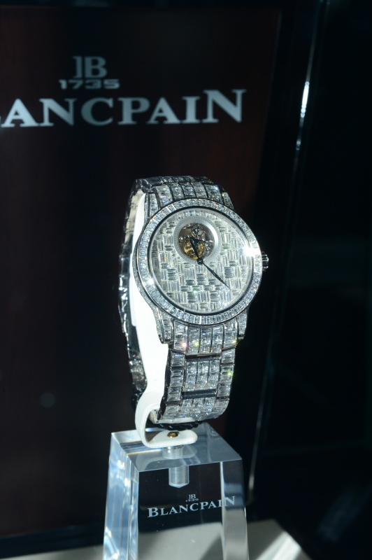 1346831920246_20120905-6_452620 65 Most Expensive Diamond Watches in the World