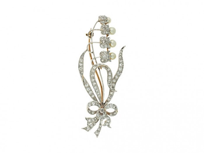 1363120075-504471-Antique_Edwardian_Lily_of_the_Valley_Diamond_and_Natural_Pearl_Flower_Brooch_in_Platinum-0-640x480 35 Elegant & Wonderful Antique Diamond Brooches