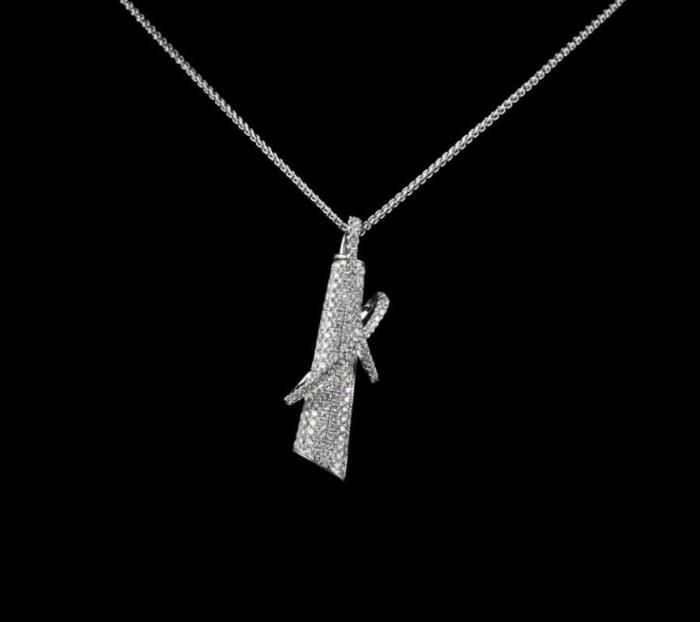 18k_White_Gold_Unusual_Pave_Diamond_Pendant_Necklace1 30 Non-traditional & Unusual Gold Necklaces