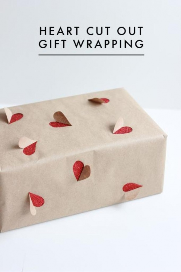 2-simple-valentines-day-gift-wrapping-ideas-L-pfq1qW 40 Creative & Unusual Gift Wrapping Ideas