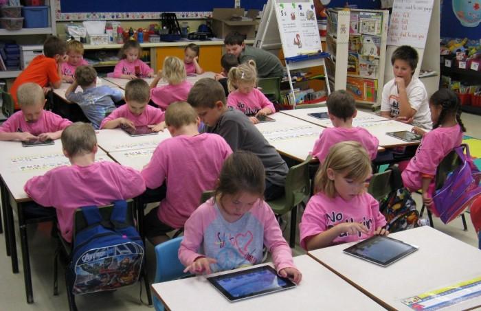 20130215_C6078_PHOTO_EN_23807 Top 10 Best Countries for Education