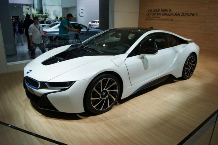 2014-BMW-i8-313 2014 BMW Cars for More Luxury to Enjoy Driving on the Road
