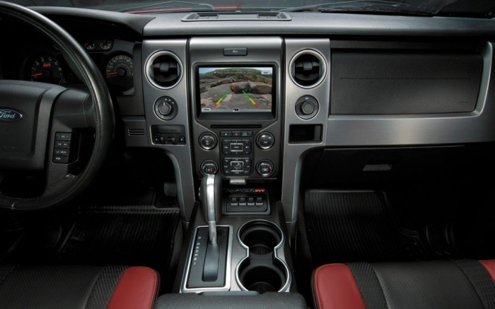 2014-Ford-F-150-Changes-interior Get Your Job Done Efficiently & Easily with 2014 Ford F-150