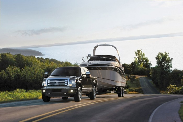 2014-Ford-F-150-Platinum-front-view-in-motion-trailer Get Your Job Done Efficiently & Easily with 2014 Ford F-150