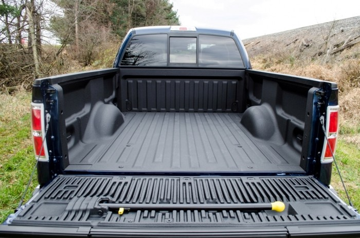 2014-Ford-F-150-XLT-4-of-37 Get Your Job Done Efficiently & Easily with 2014 Ford F-150