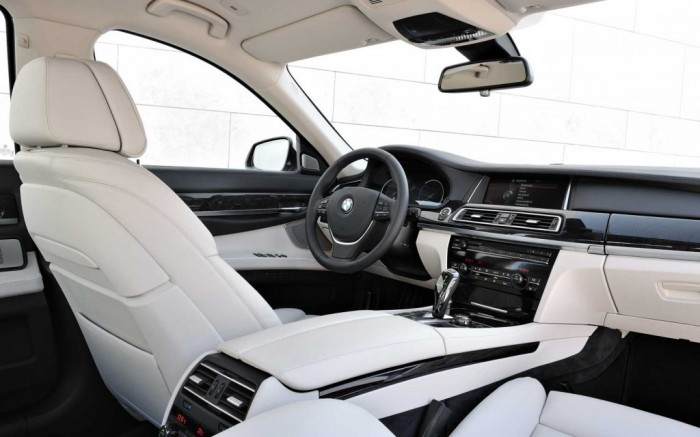 2014-bmw-7-series-5 2014 BMW Cars for More Luxury to Enjoy Driving on the Road