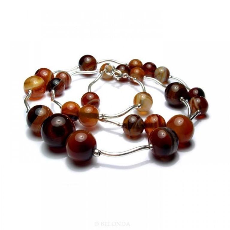 20232_agate_bead_necklace-900x900 65 Fabulous & Stunning Handmade Beaded Gemstone Jewelries